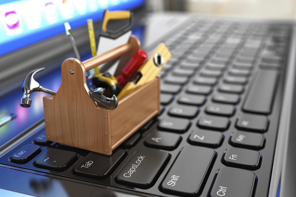 brezplacna-spletna-orodja-touchstudio-izdelava-spletnih-strani
